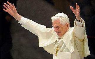 Pope_1700587c