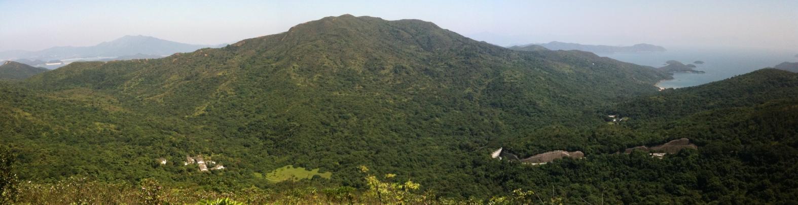 Mt Hallows Panorama2