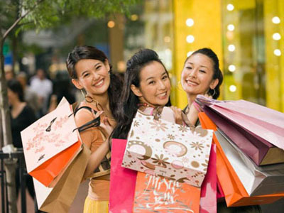 HK Tai-tai Shoppers
