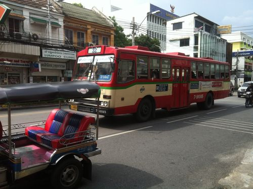 Thai Red Bus