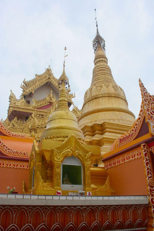 Burmese Temple Chedis